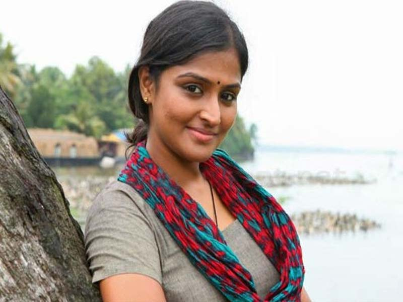 Ramya Krishnan Tamil Actress without Makeup Photos