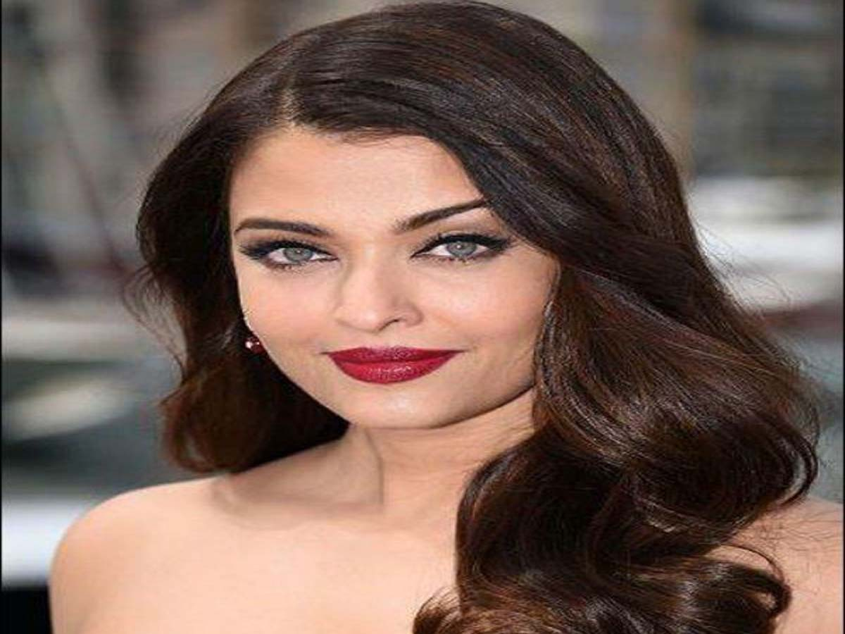 Bollywood Actress Hairstyle 2019
